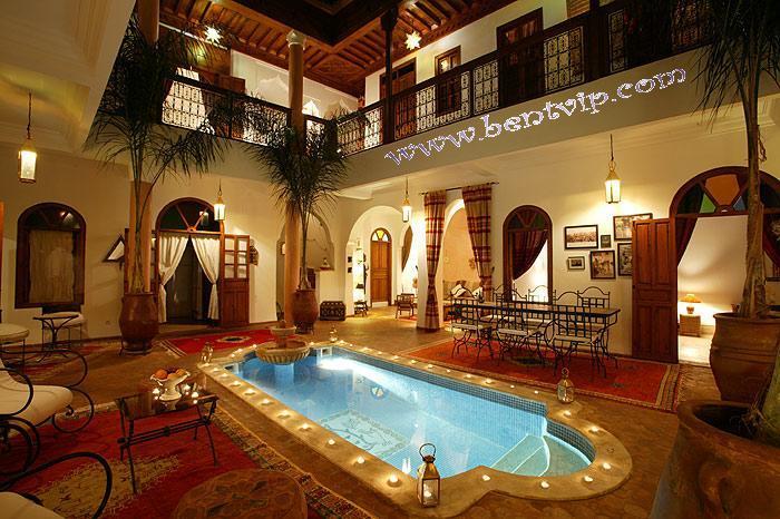 الصالون المغربي ( ديكورات مميزة ) hwaml.com_1287097852