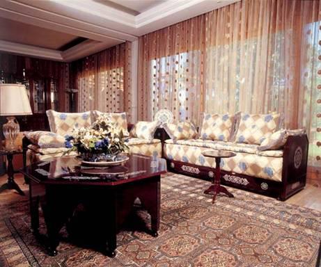 الصالون المغربي ( ديكورات مميزة ) hwaml.com_1287097856