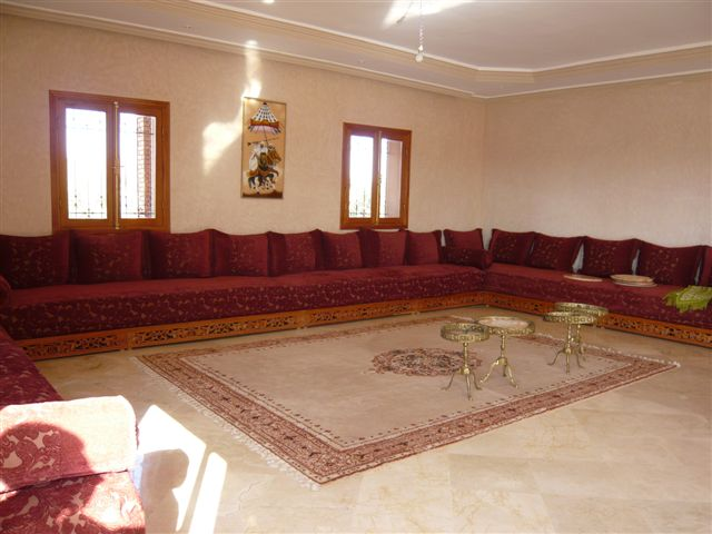 الصالون المغربي ( ديكورات مميزة ) hwaml.com_1287097883