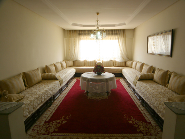 الصالون المغربي ( ديكورات مميزة ) hwaml.com_1287097906