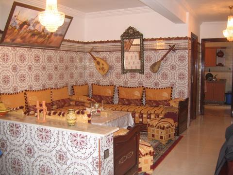 الصالون المغربي ( ديكورات مميزة ) hwaml.com_1287097909