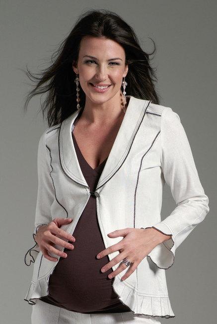اجمل و اروع الازياء للحامل في الشهر الثالث و الرابع و الخامس hwaml.com_1290799924