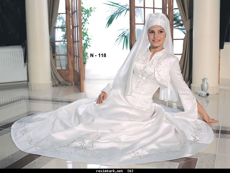 فساتين زفاف 2012 hwaml.com_1309970733_862.jpg
