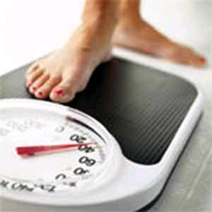 اشياء غير واضحه تؤثر ع وزنك الأكل كثيرا وأكل الأطعمة