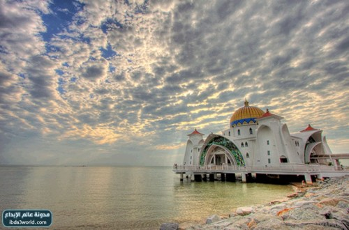 رحلة بالصور لأجمل مساجد العالم hwaml.com_1322672180