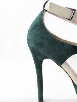 """27eafe2f8 مصممة الأحذية """"ليلى نعمان"""" تقدم لكِ جديد خطوط الموضة"""