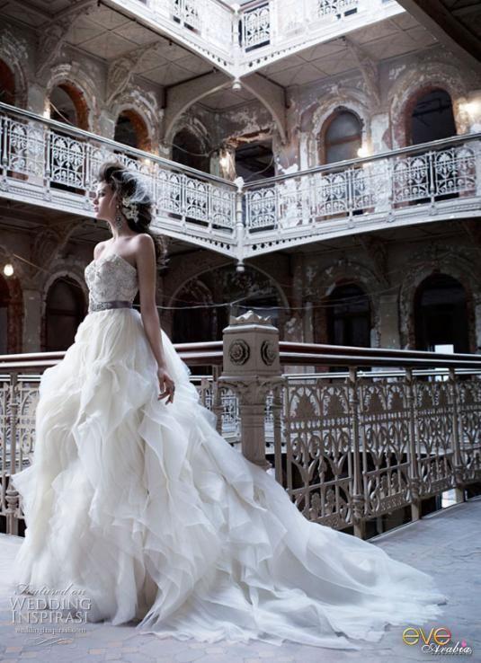 فساتين زفاف 2018 فساتين زفاف hwaml.com_1336299178_206.jpg