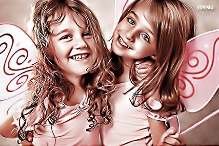 خلفيات ضحكات اطفال للجالكسى 2016 , رمزيات جالكسى ابتسامه 2016 , صور ابتسامة طفل 2016 hwaml.com_1336423204_604.jpg