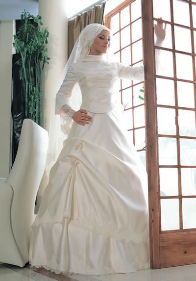 فساتين زفاف جميلة فستاين زفاف hwaml.com_1337396982_805.jpg