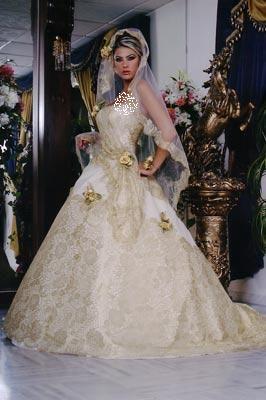 فساتين زفاف جميلة فستاين زفاف hwaml.com_1337396983_128.jpg