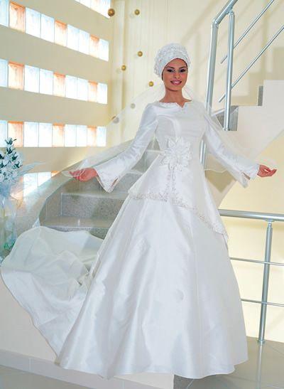 فساتين زفاف جميلة فستاين زفاف hwaml.com_1337396983_846.jpg
