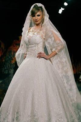فساتين زفاف جميلة فستاين زفاف hwaml.com_1337396983_857.jpg