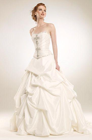 3f7a6918c احدث فساتين الزفاف 2012 ، فساتين زفاف اخر شياكة ، اجمل ازياء للافراح 2013