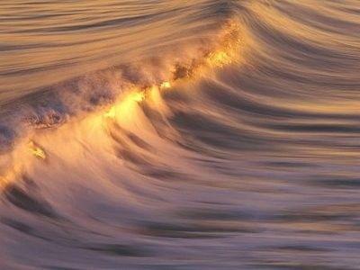 خلفيات امواج بحار للكمبيوتر 2012 , خلفيات كمبوتر امواج 2013 hwaml.com_1337593658