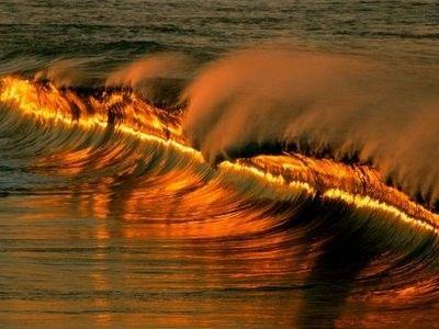 خلفيات امواج بحار للكمبيوتر 2012 , خلفيات كمبوتر امواج 2013 hwaml.com_1337593660