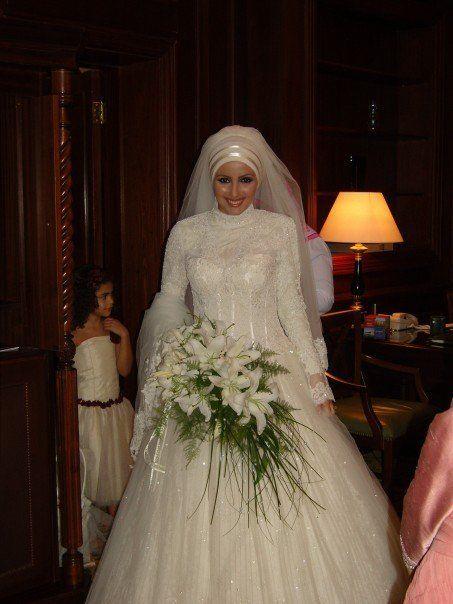 فساتين زفاف للمحجبات روعة hwaml.com_1338171964