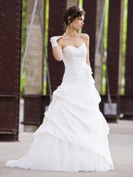 ازياء جميلة للعروس روعه hwaml.com_1338177550