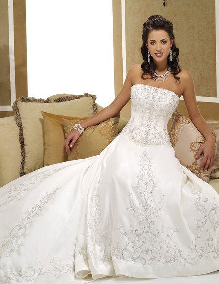 0bc2e16e62e88 صور لاحدث فساتين زفاف 2012 ، كوليكشن لاجمل فساتين زفاف 2013 ، فساتين عرائس  2013