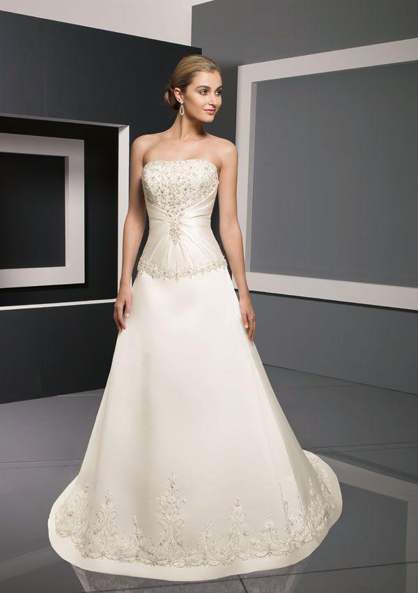 53aadf298 فساتين زفاف اخر شياكة 2012 ، فساتين زفاف قمة في الاناقة ، فساتين زفاف راقية  2013