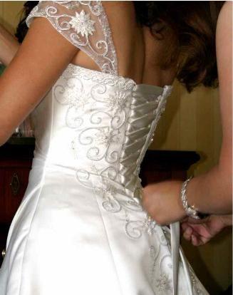 0bd7b230f845f فساتين زفاف للمحجبات و غير المحجبات 2012 ، صور فساتين زفاف 2013 ...