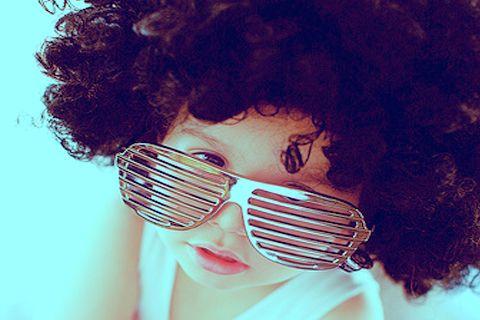 97eaa2d67 صور اطفال لابسين نظارات 2012 ، اطفال عسولين للجلاكسي 2013 ، صور اطفال  يجننوا للجلاكسي