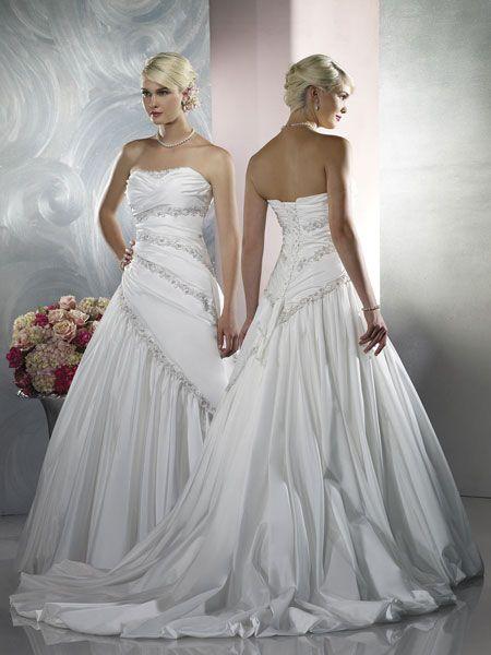 1d3b959dc7ac5 صور فساتين زفاف حلوة 2013 ، صور فساتين اعراس جميلة 2013 ، احدث فساتين  الزواجات