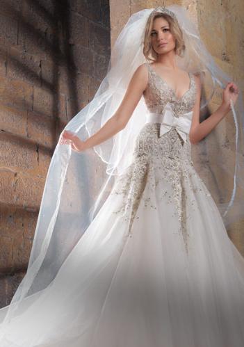 abcb4698a04a9 احدث صيحات فساتين الزفاف 2012 ، فساتين زفاف اخر موضة 2013 ، فساتين زفاف تهبل