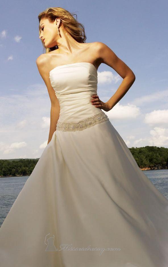 تصاميم فساتين زفاف فرنسية 2013