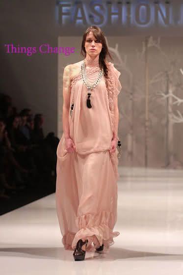 653923fd06adf ملابس حمل راقية 2012 ، ازياء حمل عالمية 2013 ، صور ملابس حمل شيك 2013