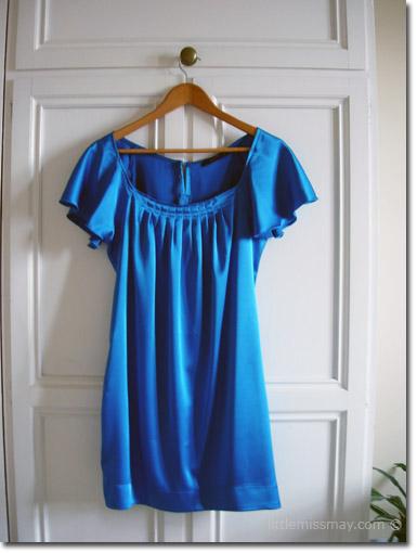 ملابس واكسسوارات باللوان الازرق ملابس hwaml.com_1339832579_692.png