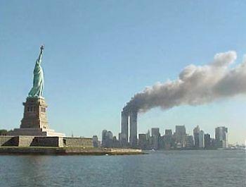 تمثال الحريه الأمريكي الساحر hwaml.com_1339920666