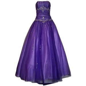 بعض الفساتين للبنات hwaml.com_1339923490