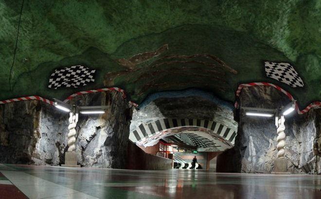 أجمل مترو فى العالم hwaml.com_1340206342