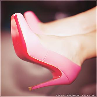 احذية جميلة باللون البينك 2017 hwaml.com_1340443992_800.png