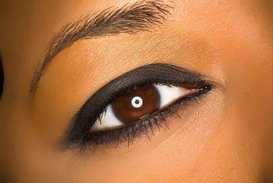 مكياج للعيون المختلفة عيون مختلفة