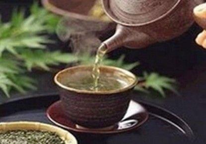 مقادير عمل الشاي بالهيل والزعفران hwaml.com_1342722309_760.jpg