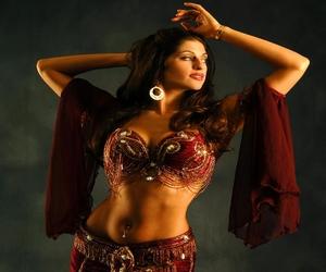 صور للرقص الشرقى