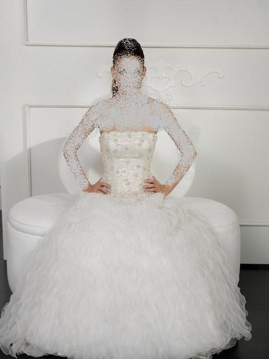 فساتين لاحلى عروس 2012 اجدد فساتين زفاف ايطاليه 2013 اجمل hwaml.com_1343604733