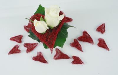 كيفية عمل قلوب حمراء hwaml.com_1344054700
