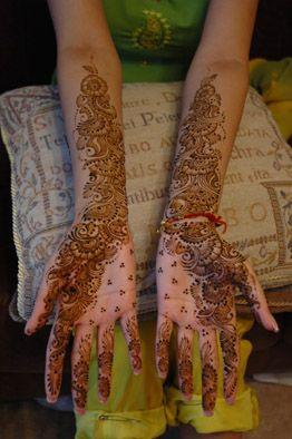 نقوش حناء اماراتي للعروس 2013 hwaml.com_1344082107_654.jpg