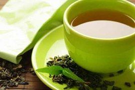 صورة لمشروب الشاي الأخضر مع بذوره