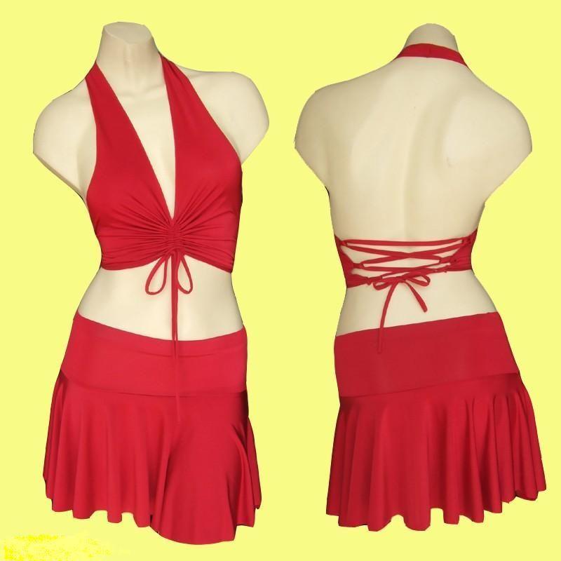 قمصان نوم حمراء =