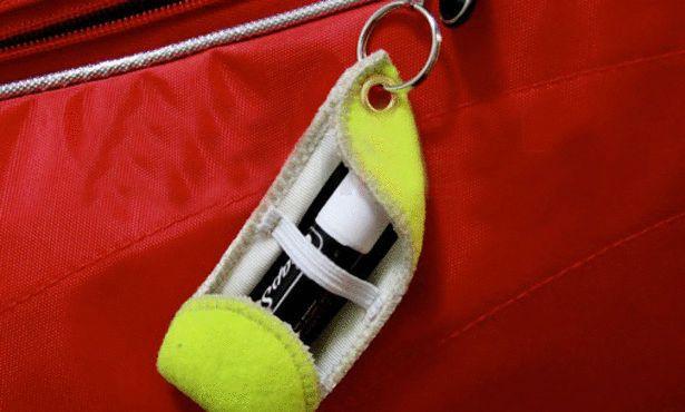 إستخدامات غريبة لكرة التنس؟ hwaml.com_1345687137
