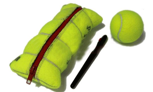 إستخدامات غريبة لكرة التنس؟ hwaml.com_1345687138