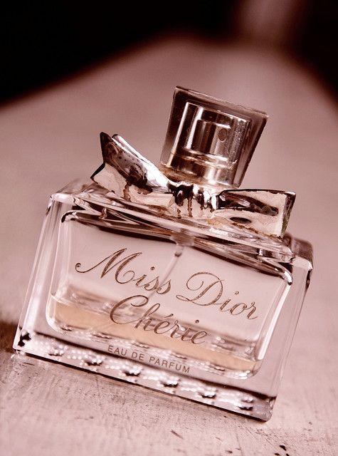 Miss Dior Chérie عطور فرنسية