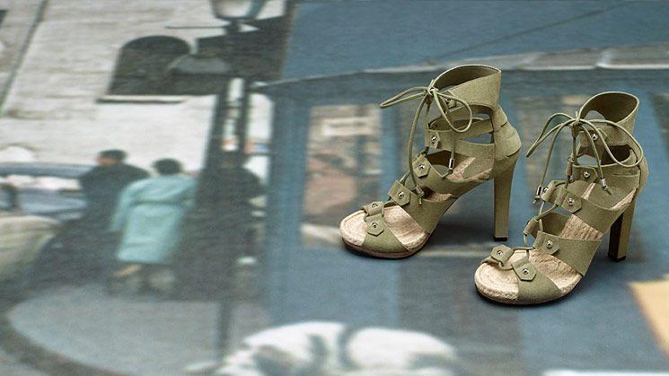 اجدد ستايلات للشنط والاحذاية روعة hwaml.com_1346219634_308.jpg