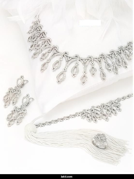 طقم شبكة للعروس 2013  Hwaml.com_1346912722_657