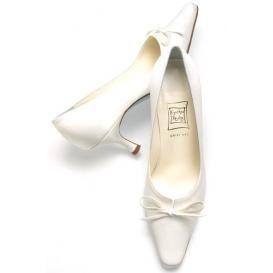 حذاية فخمة للعروس 2013 ، Hwaml.com_1346915550_213