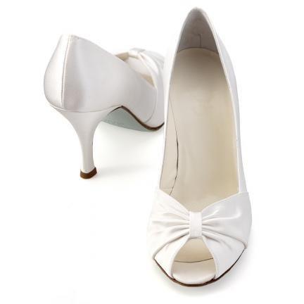 حذاية فخمة للعروس 2013 ، Hwaml.com_1346915551_177