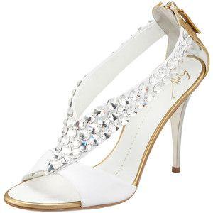 d037c6c10ae45 اروع احذية للعروس 2013 ، احذية فخمة للعروس 2013 ، احذية مودرن للعروس